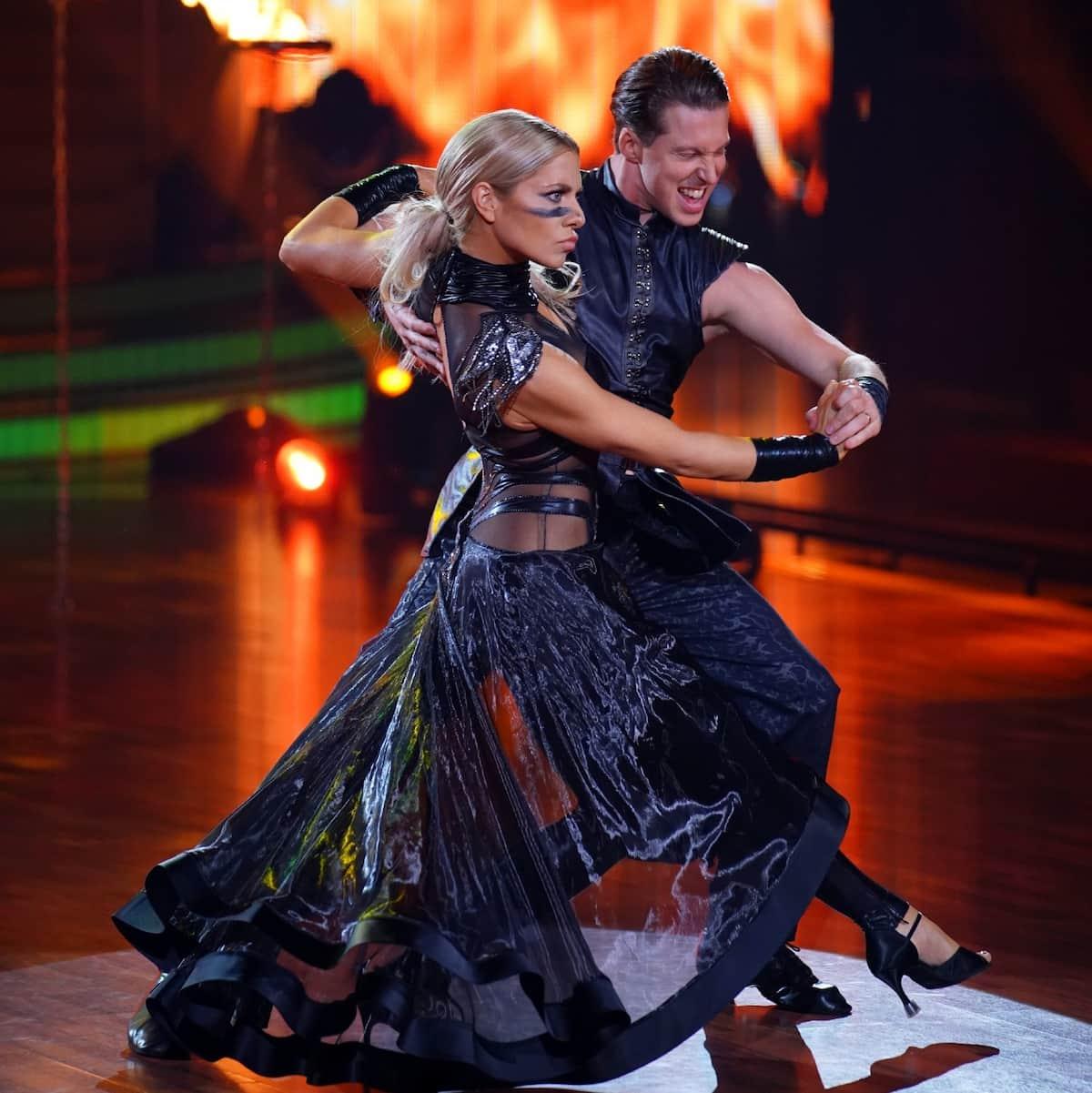 Valentina Pahde und Valentin Lusin beim Paso doble Let's dance am 21.5.2021