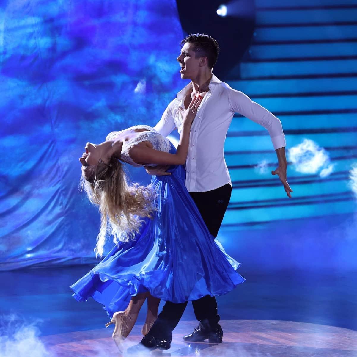 Patricija Belousova und Alexandru Ionel bei der Let's dance Profi-Challenge 2021