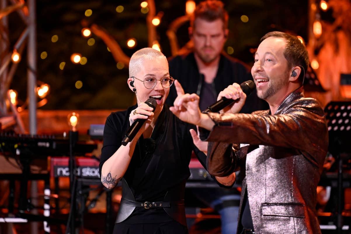 Stefanie Heinzmann und DJ BoBo bei ihrem Duett bei Sing meinen Song am 8.6.2021