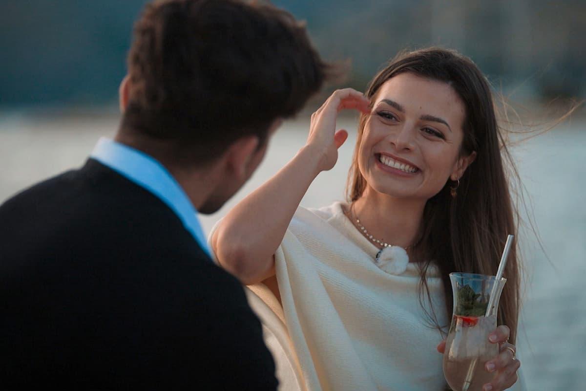 Bachelorette am 21.7.2021 Folge 2: Wer ist raus? Wie läuft's?