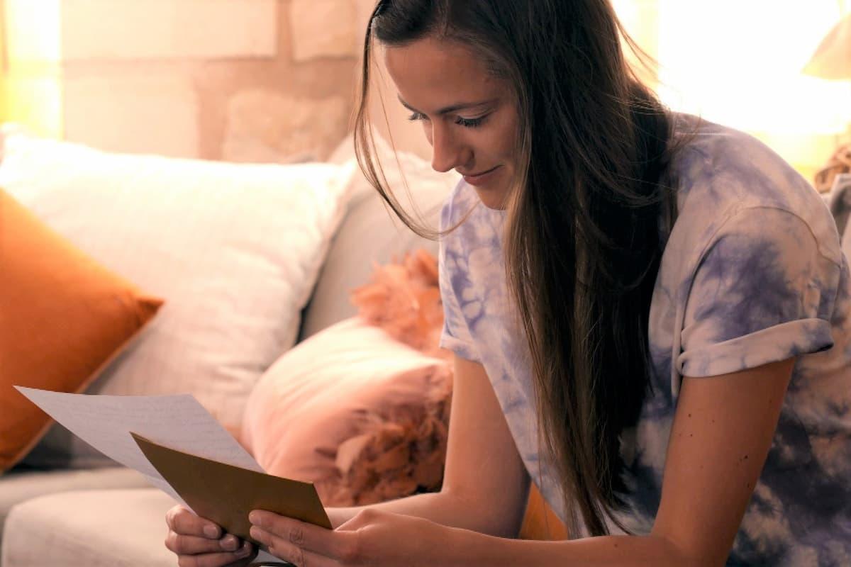 Irina Schlauch liest die Briefe von Elsa und Lou
