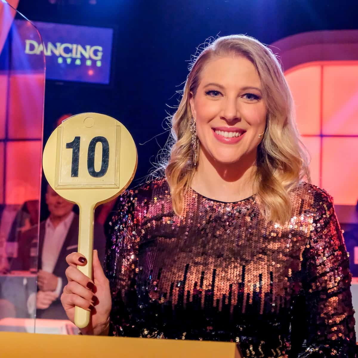 Maria Santner sitzt in der Jury der Dancing Stars 2021