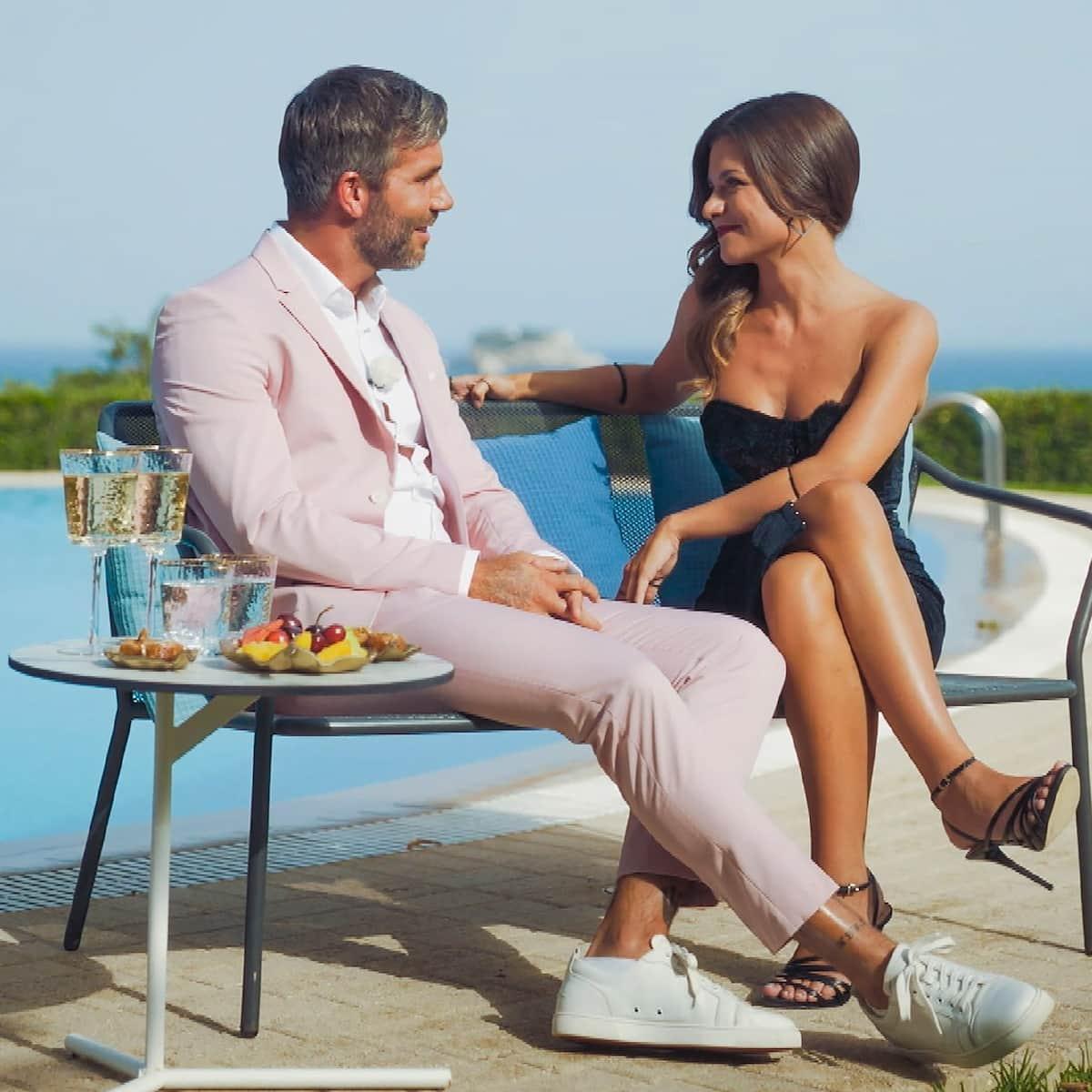 Bachelorette am 1.9.2021 Maxime mit Max beim Einzel-Gespräch vor der Nacht der Rosen