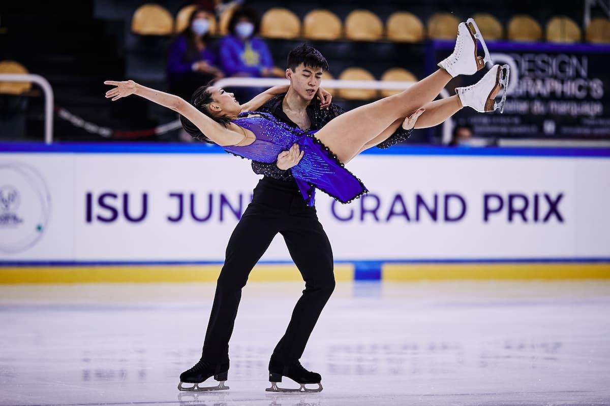 Eiskunstlauf Junior Grand Prix 26.-28.8.2021 Zeitplan, Ergebnisse aus Courchevel - hier im Bild das Eistanz-Paar Miku Makita – Tyler Gunara aus Kanada