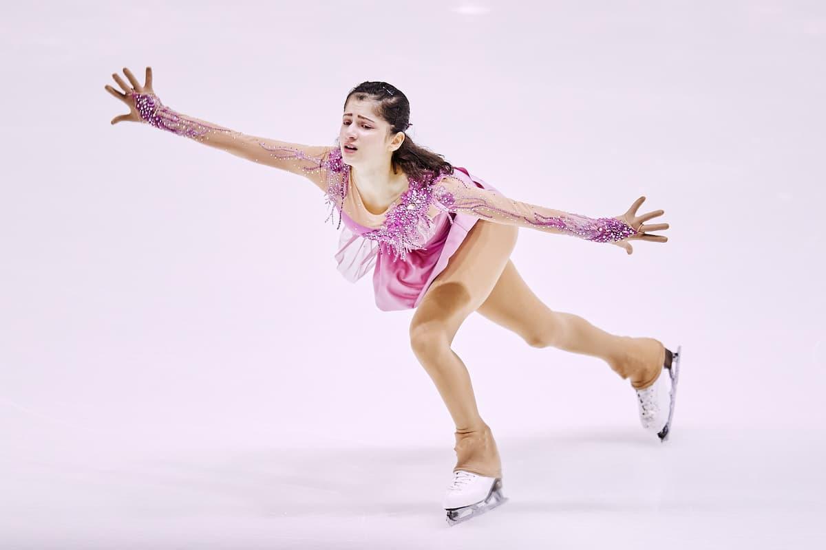 Nargiz Suleymanova aus Deutschland beim ISU Junior Grand Prix 2021 in Courchevel 1