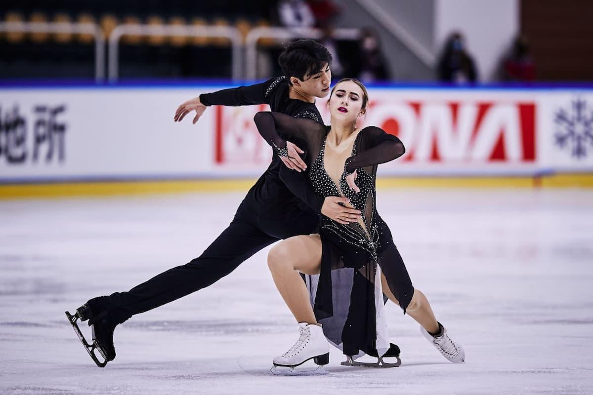 Eiskunstlauf ISU Junior Grand Prix 23.-25.9.2021 in Ljubljana Zeitplan, Ergebnisse - hier im Bild Katharina Wolfkostin - Jeffrey Chen aus den USA