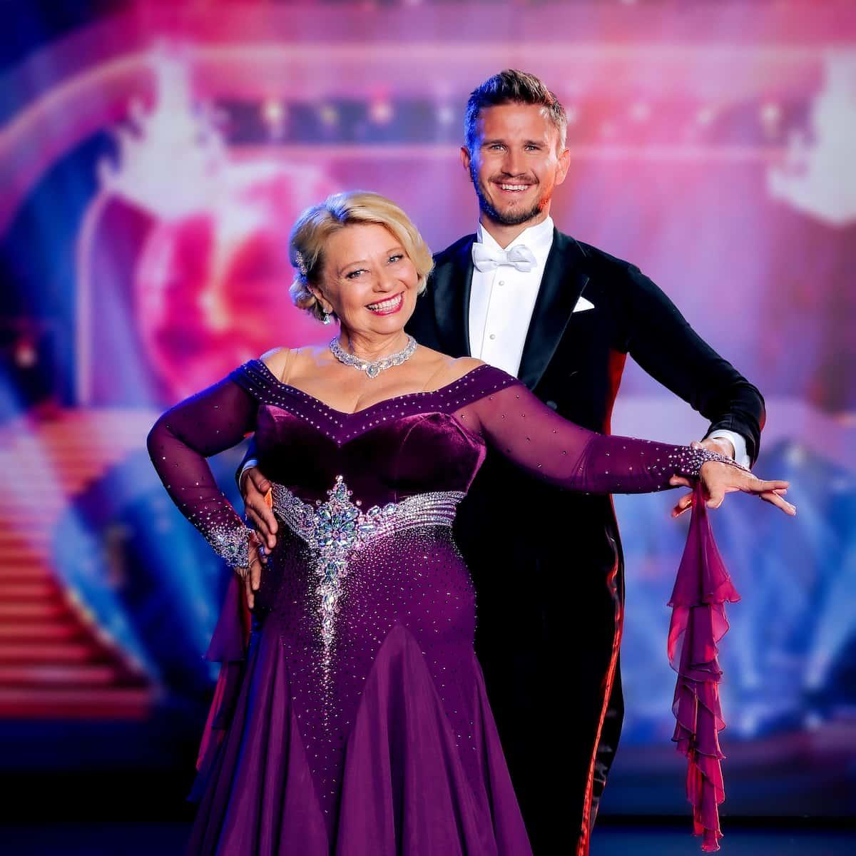 Margarethe Tiesel - Michael Kaufmann beim 1. Tanz der Dancing Stars am 24.9.2021