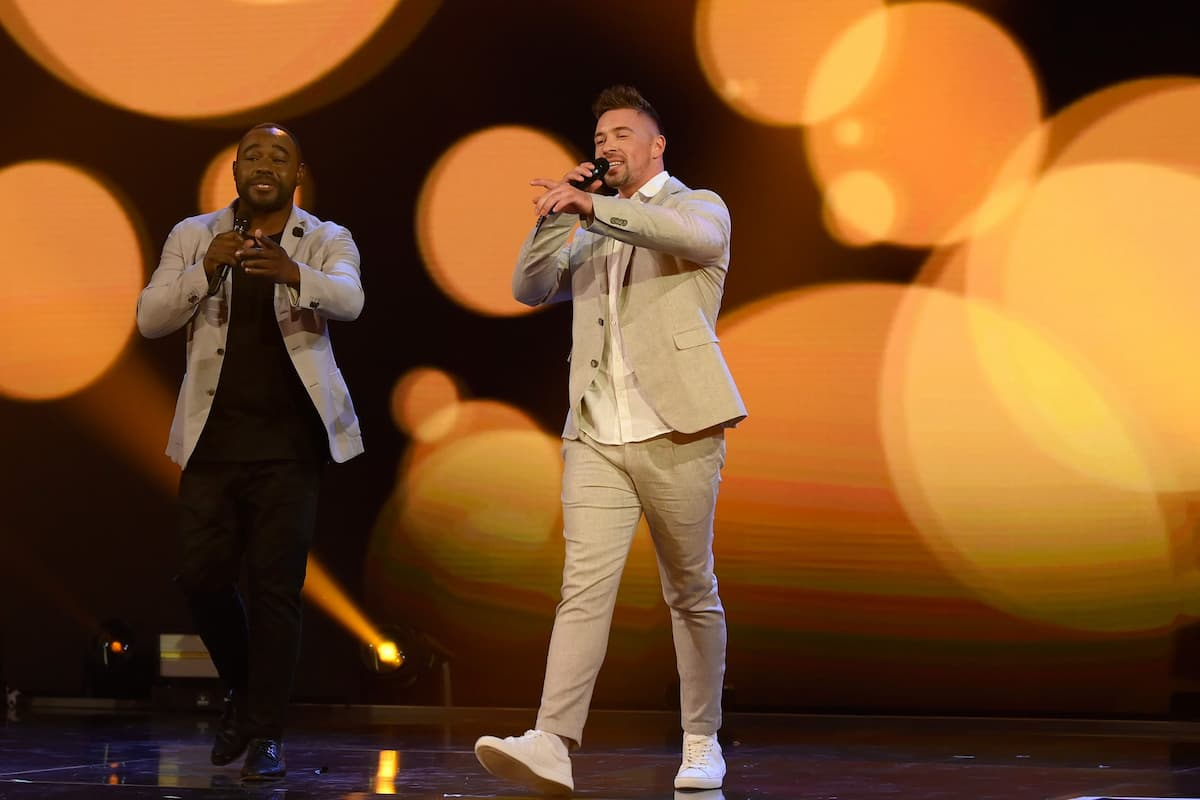 Ramon Roselly singt mit Nelson Müller bei der Schlager-Challenge am 4.9.2021