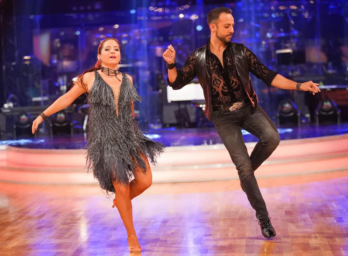 Caroline Athanasiadis - Danilo Campisi bei den Dancing Stars am 8.10.2021