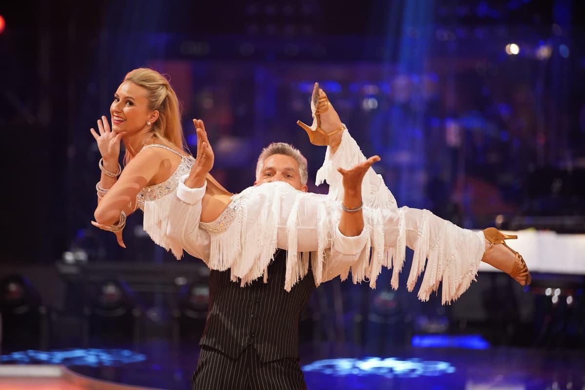 Katrin Kallus - Faris Rahoma bei den Dancing Stars am 8.10.2021