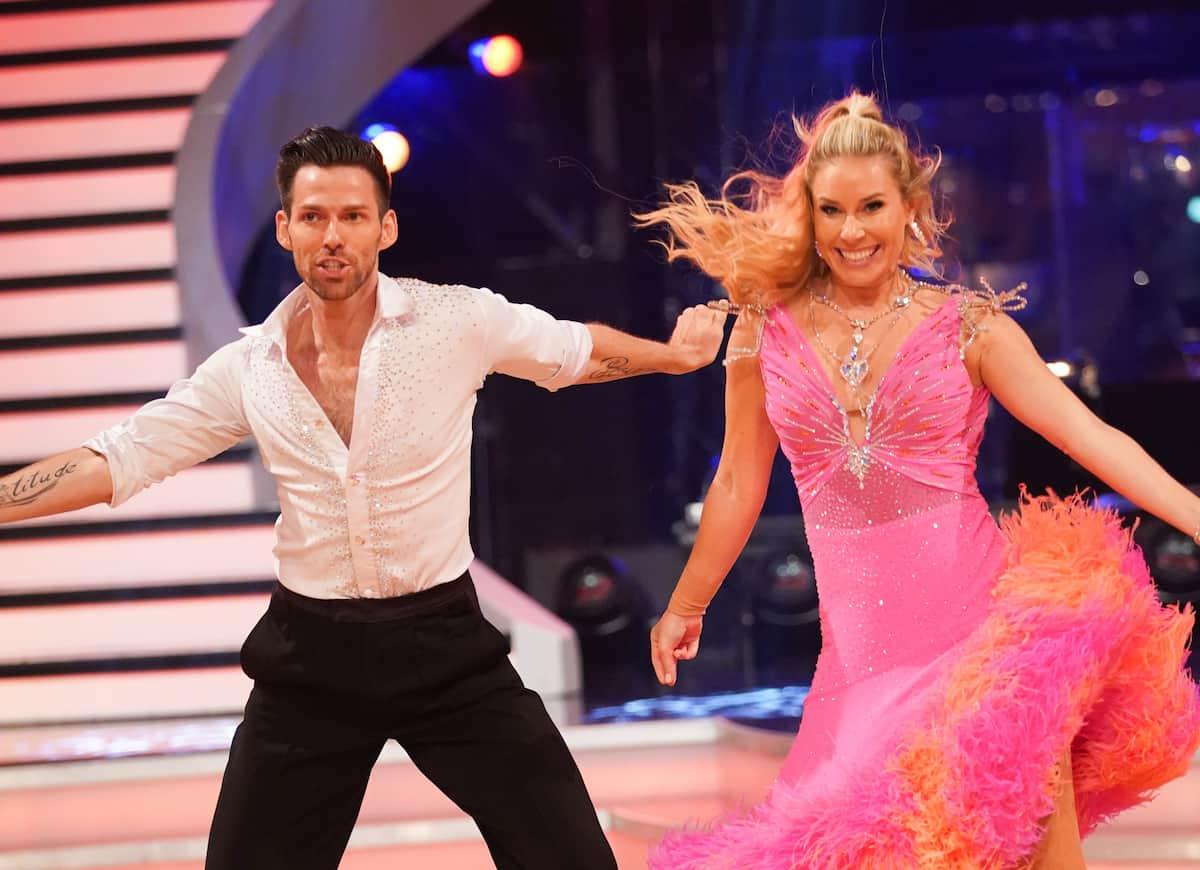 Stefan Herzog - Nina Kraft bei den Dancing Stars am 8.10.2021